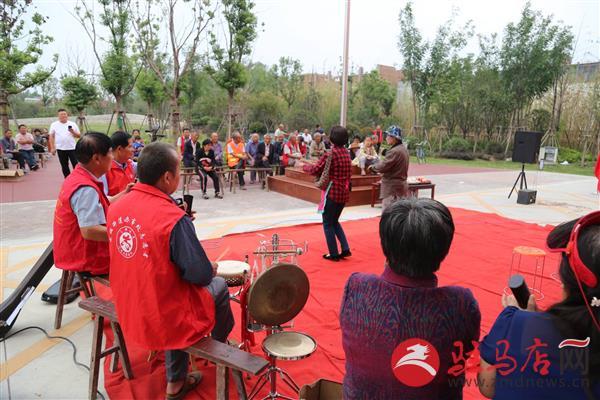 """古槐街道开展""""迎中秋 庆国庆""""文化志愿者演出活动"""