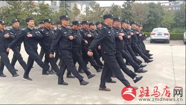 正阳法院开展法警技能训练 打造过硬法警队伍